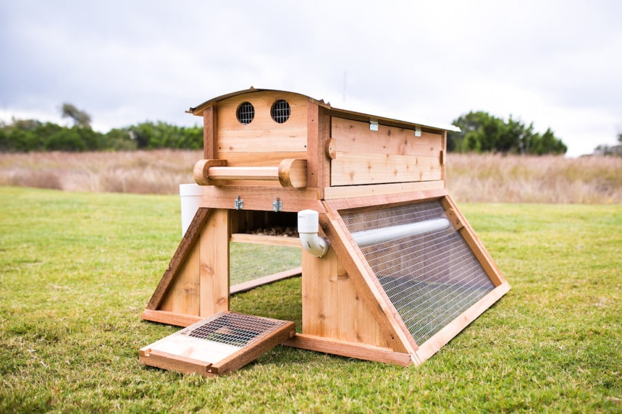Round-Top Mobile™ Chicken Coop