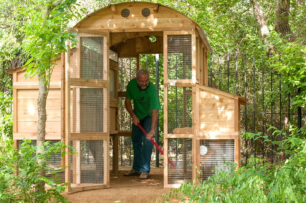 Round-Top Walk-In™ Chicken Coop